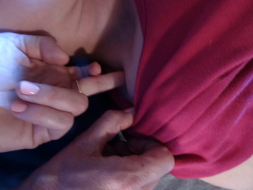 Frozen shoulder treatment close-up